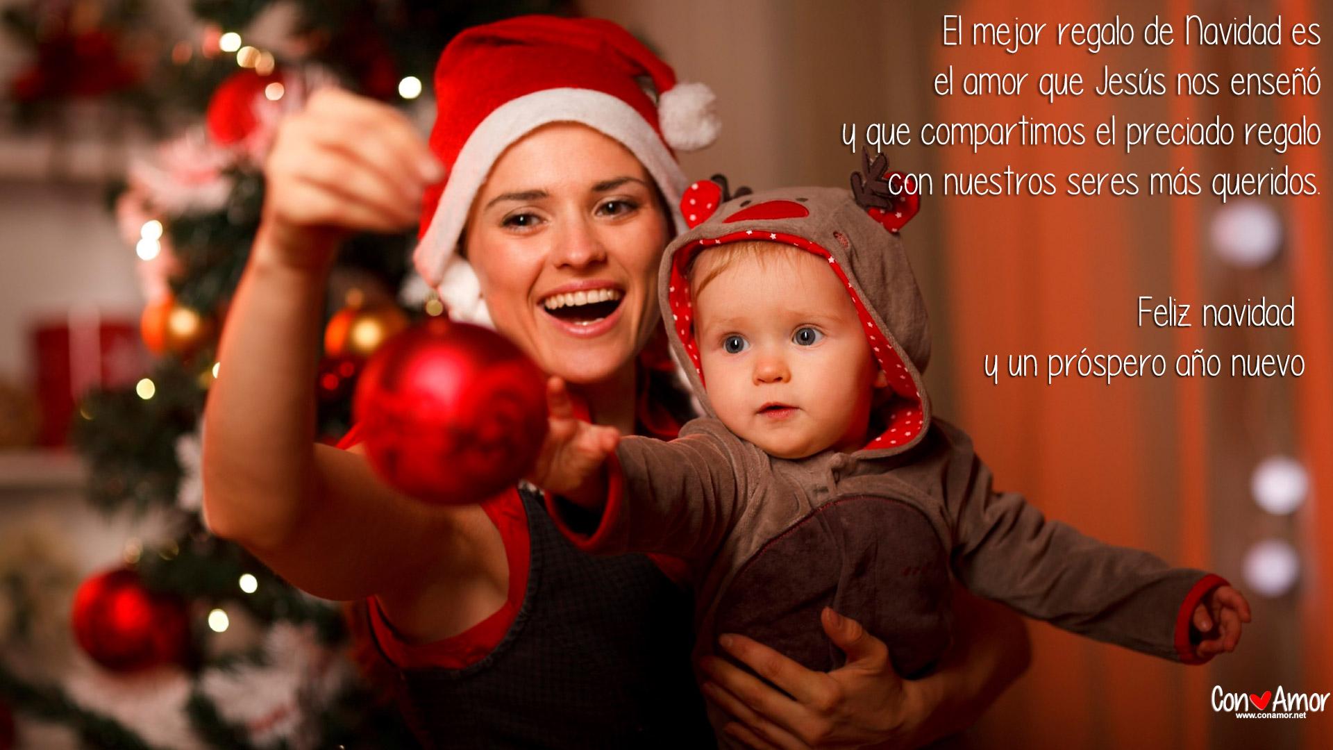 El mejor regalo de Navidad es el amor que Jesús nos enseñó y que compartimos el preciado regalo con nuestros seres más queridos.